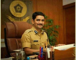 IPS Vishwas Nangare Patil Age, Wife, Family, Post, Speech, Quotes and Facts